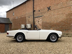 1970 Triumph TR6 2.5 Manual / Overdrive. Free U.K Delivery For Sale (picture 2 of 12)