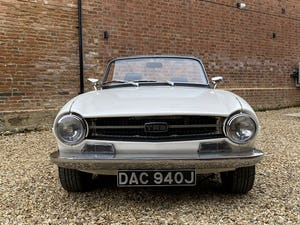 1970 Triumph TR6 2.5 Manual / Overdrive. Free U.K Delivery For Sale (picture 8 of 12)