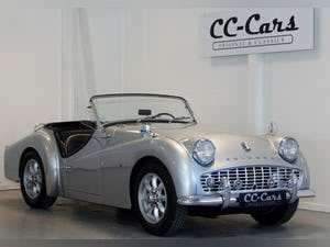 1961 Nice restored TR3! For Sale (picture 1 of 12)