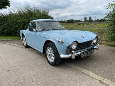 Picture of 1967 TRIUMPH TR4A IRS (FAST ROAD SPEC) For Sale