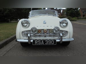 1959 Triumph TR3A –  Sebring White with Red Cherokee Trim For Sale (picture 10 of 12)