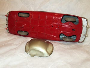 Lovely RARE TIN TOY CAR For Sale (picture 2 of 5)
