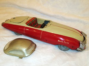 Lovely RARE TIN TOY CAR For Sale (picture 4 of 5)