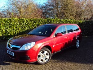 Picture of WOW! 2007 Vauxhall Vectra Estate 1.8i **NOW SOLD** For Sale