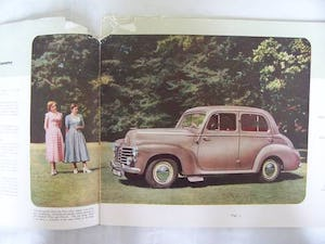 VAUXHALL VELOX-6 & WYVERN-4 SALES BROCHURE 1950 For Sale (picture 2 of 6)