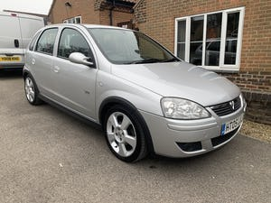 2005 Vauxhall corsa sri 1.4 16v only 35000 miles For Sale (picture 2 of 10)