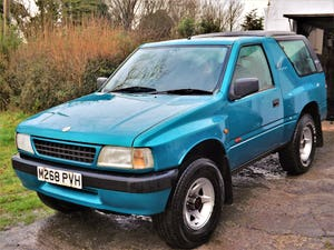 1994 RARE MK1 Vauxhall, FRONTERA, Sport Becoming Classi For Sale (picture 1 of 9)