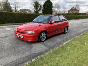 1992 Astra 2.0 GSi - Classic Car Investment For Sale (picture 1 of 8)