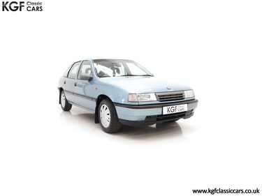 Picture of 1989 A Very Early Vauxhall Cavalier Mk3 2.0GLi with 20,113 Miles. For Sale