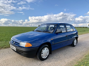 Picture of 1994 Vauxhall Astra Merit *17,698 miles, 1 family owned For Sale