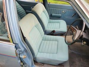 1974 Vauxhall victor 2300s For Sale (picture 7 of 11)