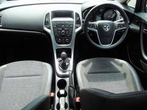 2016 Vauxhall Astra 1.6i Excite 5dr For Sale (picture 11 of 18)