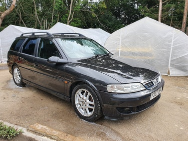 Picture of 2001 Vauxhall Vectra 2.6 SRI Estate For Sale
