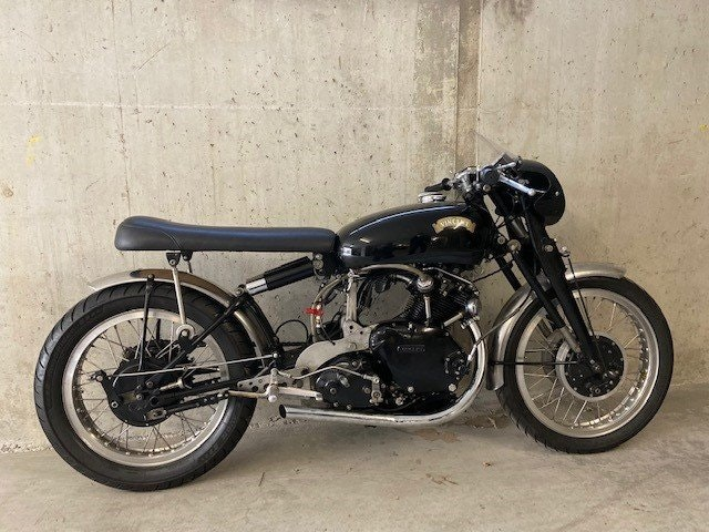 1951 For sale VINCENT HRD 500cc racer For Sale (picture 1 of 3)