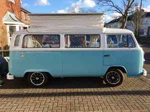 Restored lovey 1974 4 berth Bay Window For Sale (picture 1 of 6)