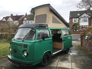 1976 Green VW Camper with Refurbished Engine For Sale (picture 2 of 6)
