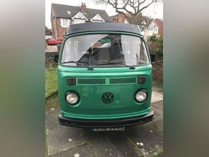 1976 Green VW Camper with Refurbished Engine For Sale (picture 6 of 6)