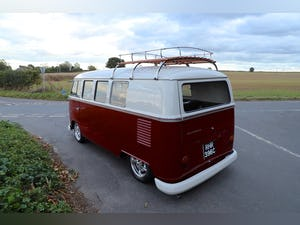 1965 VW Split Screen Camper Van. Exceptional Condition. For Sale (picture 2 of 6)