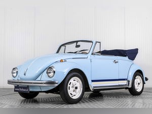 1972 Volkswagen Beetle Convertible For Sale (picture 1 of 6)
