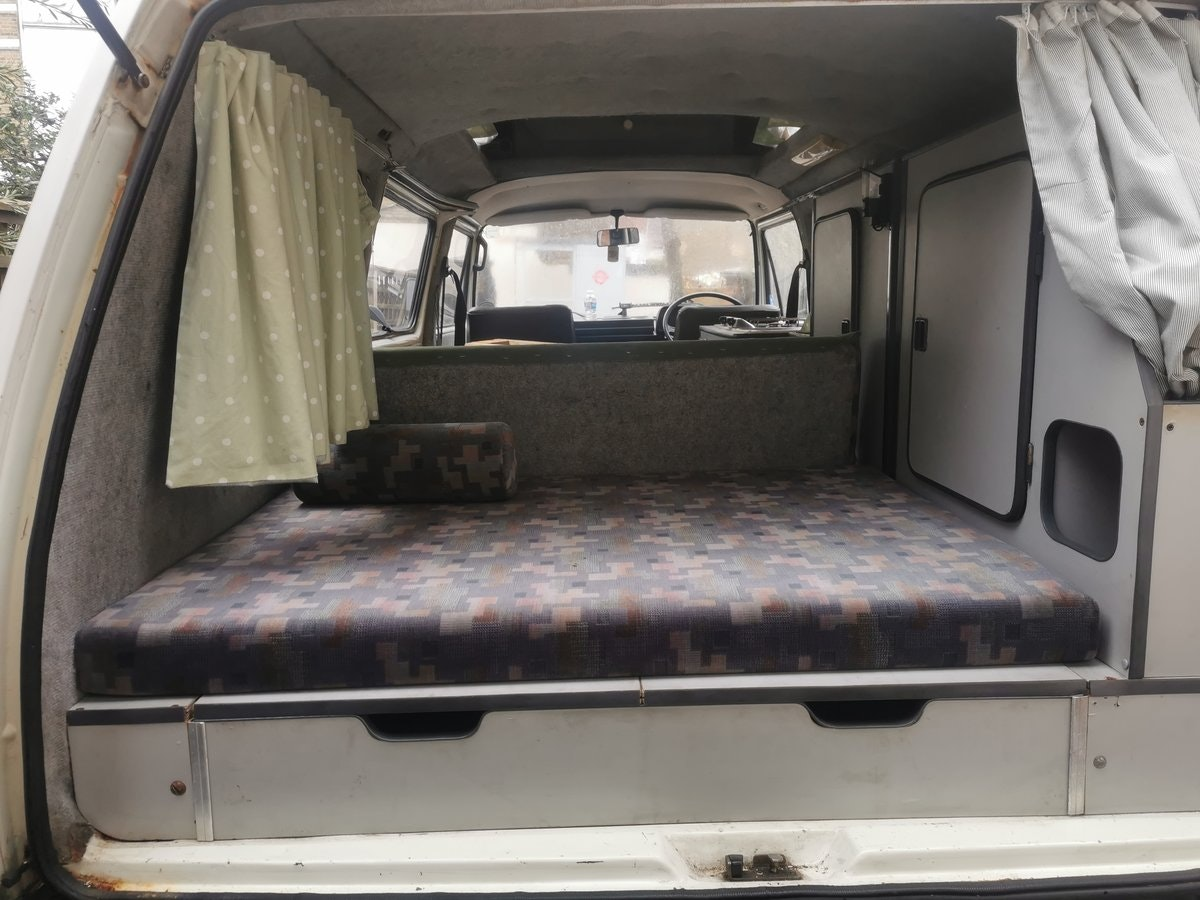 1986 VW T25 Camper For Sale (picture 5 of 6)