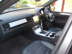 2013 Volkswagen Touareg 3.0 TDI Altitude With Panoramic Roof (picture 3 of 6)