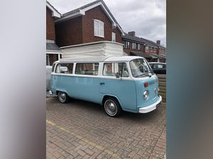 Amazing 1974 4 berth Bay Window For Sale (picture 3 of 11)