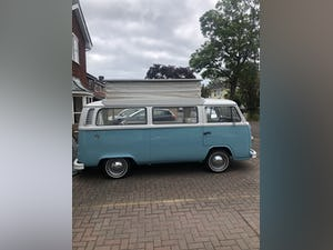 Amazing 1974 4 berth Bay Window For Sale (picture 4 of 11)
