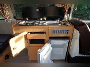 1971 VW T2 Early Bay Westfalia Campervan LHD For Sale (picture 6 of 10)