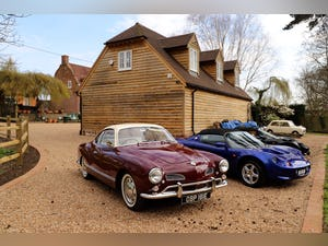 1967 VW Karmann Ghia. Right Hand Drive. Stunning in Burgundy For Sale (picture 3 of 12)