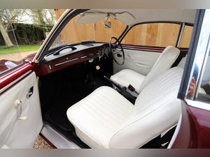 1967 VW Karmann Ghia. Right Hand Drive. Stunning in Burgundy For Sale (picture 10 of 12)