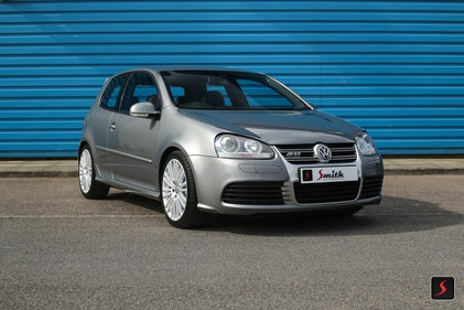 Picture of 2005 A stunning 3 door, manual transmission, Volkswagen Golf R32 For Sale