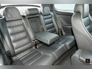 2005 A stunning 3 door, manual transmission, Volkswagen Golf R32 For Sale (picture 10 of 12)