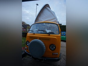 1972 VW t2 bay camper fully refurbished For Sale (picture 1 of 12)