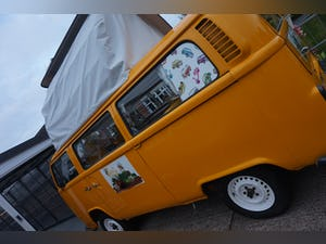 1972 VW t2 bay camper fully refurbished For Sale (picture 11 of 12)