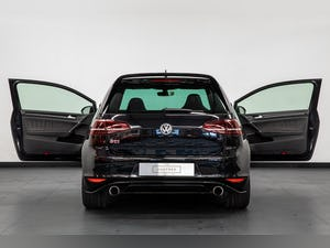 """2017 VW GOLF GTI CLUBSPORT """"S"""" 1 OF 150 UK CARS For Sale (picture 6 of 42)"""