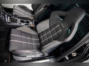 """2017 VW GOLF GTI CLUBSPORT """"S"""" 1 OF 150 UK CARS For Sale (picture 21 of 42)"""
