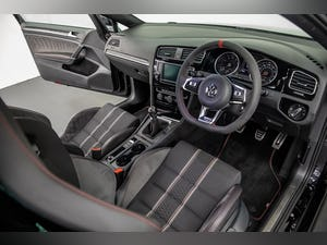 """2017 VW GOLF GTI CLUBSPORT """"S"""" 1 OF 150 UK CARS For Sale (picture 22 of 42)"""