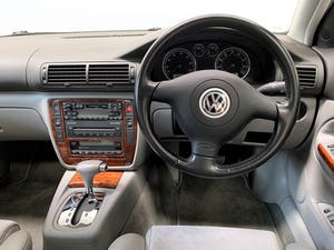 2002 VW Passat V5 2.3 tiptronic 13,000 miles family owned For Sale (picture 19 of 25)