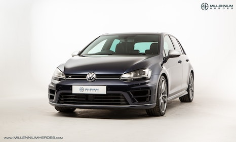 Picture of 2014 VOLKSWAGEN GOLF R // NIGHT BLUE METALLIC // DYNAMIC CHASSIS For Sale