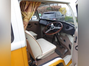 1974 VW T2 campervan. Mot & tax exempt. For Sale (picture 2 of 9)