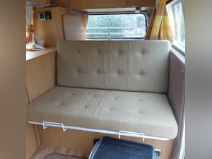 1974 VW T2 campervan. Mot & tax exempt. For Sale (picture 5 of 9)