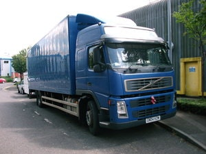 Picture of 2004 Volvo FM9 L2 H2 18 ton Rigid/ tail-lift / D9A 260 Engine SOLD