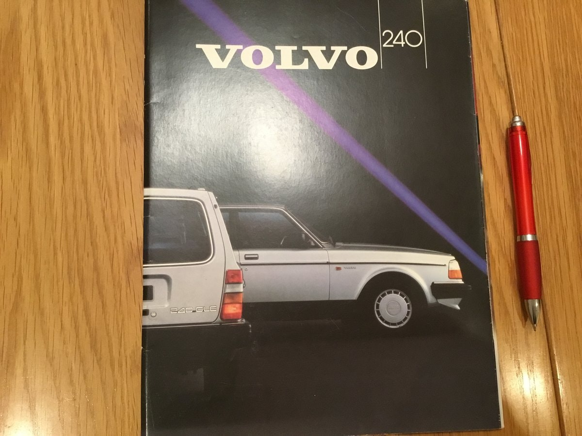 1984 Volvo 240 range brochures For Sale (picture 1 of 2)
