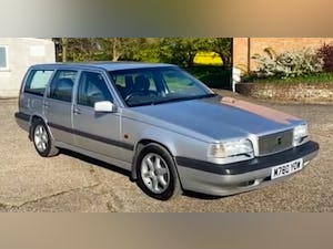 Outstanding Single Owner 1994 Volvo 850 2.0 GLT Auto Estate For Sale (picture 1 of 11)