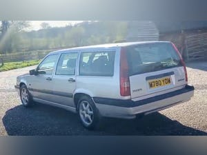 Outstanding Single Owner 1994 Volvo 850 2.0 GLT Auto Estate For Sale (picture 5 of 11)