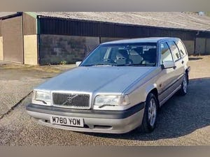 Outstanding Single Owner 1994 Volvo 850 2.0 GLT Auto Estate For Sale (picture 8 of 11)