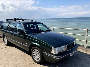 Picture of 1997 Volvo 940 2.3 LPT Celebration Auto Green For Sale
