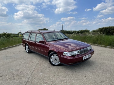 Picture of 1995 Volvo 960 3.0 CD Estate Automatic For Sale