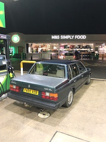 Picture of 1988 Volvo 740 saloon flatnose 2.0 For Sale