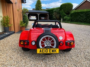 2010-Westfield Seiw 1.6 sigma-zetec- racing red - low miles For Sale (picture 4 of 12)